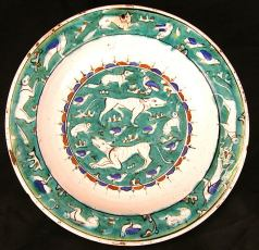 Dish with Bird, Rabbit and Quadruped Design, late 16th century, Iznik, Metrapolitan Museum of Art